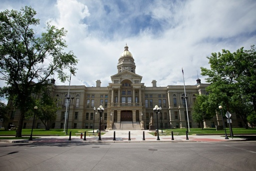 Wyoming-state-capitol-information-and-photos